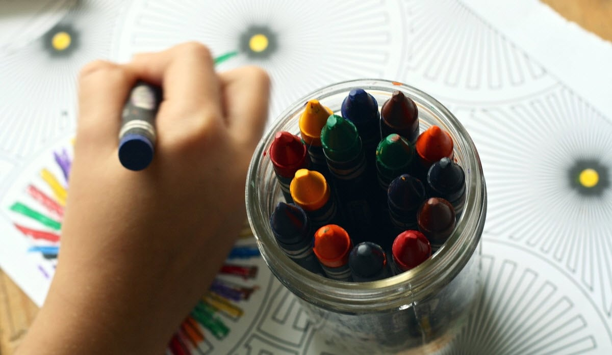 Easter kid coloring