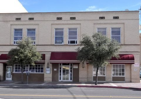 Tucson, AZ Dentists