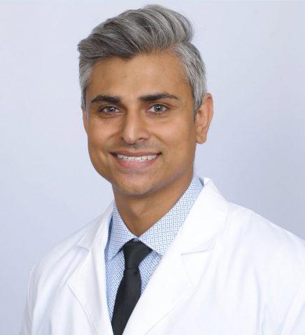 Dr. Vasim Momin Headshot